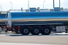 Halv lastbil för euro på huvudvägen Halv lastbil tunga Transporta Fotografering för Bildbyråer