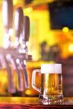 Halv liter för öl Arkivbilder