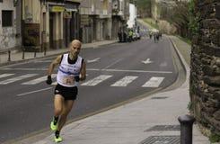 Halv maratonvinnare royaltyfri foto
