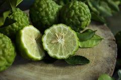 Halva av kaffirlimefruktfrukten Royaltyfri Foto