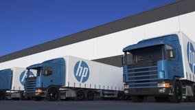 Halva lastbilar för frakter med HP Inc logopäfyllning eller avlastning på lagerskeppsdockan Redaktörs- tolkning 3D vektor illustrationer
