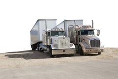 halva lastbilar två Royaltyfria Bilder