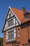 Halvan timrade huset i den historiska mitten av dåliga Bentheim Arkivfoto
