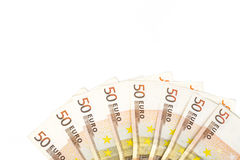 Halve die cirkel met bankbiljetten 50 tot euro Europees geld op witte achtergrond wordt gemaakt Royalty-vrije Stock Fotografie