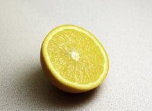 Halve sappige sinaasappel Royalty-vrije Stock Afbeelding
