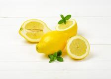 halved лимоны все Стоковые Изображения RF