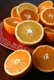 halverade apelsiner Arkivbilder