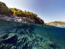 Halvt undervattens- landskap Royaltyfria Bilder