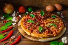 Ham en paddestoelpizzapastei Stock Afbeelding