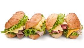 Ham, salami, van Turkije en van het rundvlees sandwiches Stock Foto's