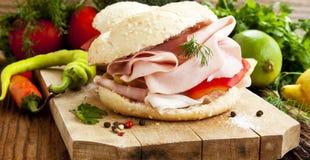 Ham Sandwiches com vegetais Foto de Stock Royalty Free