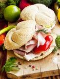Ham Sandwiches med grönsaker Arkivfoton