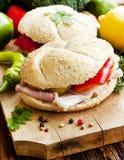 Ham Sandwiches med grönsaker Royaltyfria Bilder