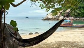 Hamaca en una playa Imagen de archivo libre de regalías