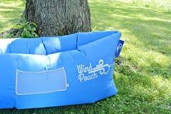Hamaca inflable de la bolsa del viento Fotos de archivo
