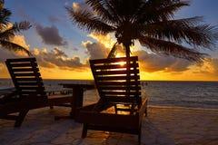 Hamacas de la playa de la salida del sol del maya de Riviera fotografía de archivo