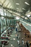 Hamad International Airport dans Doha Qatar Photos stock