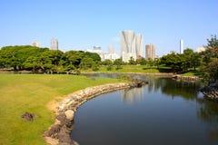 Hamarikyu Gärten in Japan lizenzfreie stockbilder