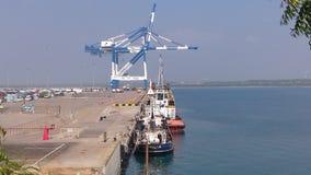 Hambanthota errichtete eben Seehafen lizenzfreies stockfoto