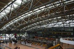 HAMBOURG ; L'ALLEMAGNE ; LE 27 JUILLET 2016 : terminal pour passagers dans l'inter Photo libre de droits