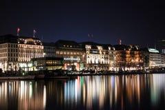 Hamburg bij nacht Stock Afbeelding
