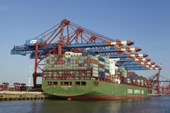 Hamburg - Container vessel at terminal Stock Photos