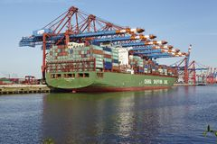 Hamburg - Container vessel at terminal Royalty Free Stock Photos