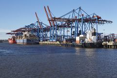 Hamburg - Container vessels at terminal Royalty Free Stock Photography