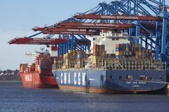 Hamburg - Container vessels at terminal Royalty Free Stock Images