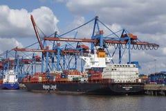 Hamburg - Containerschip in Burchardkai Royalty-vrije Stock Afbeeldingen