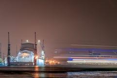 Hamburg Deutschland - 03 April 2014: Bllohm + Voss, Werft Royaltyfri Foto
