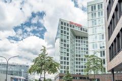 Hamburg, Deutschland - 14. Juli 2017: Der Spiegel-Zeitschriftbüro in Hamburg befindet sich nah an dem berühmten Speicherstadt Lizenzfreie Stockfotografie