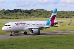 Hamburg för flygplan för Eurowings flygbuss A320 flygplats Royaltyfri Bild