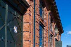 Hamburg-fishmarket Architektur-Fassadendetails und blauer Himmel Lizenzfreie Stockfotos