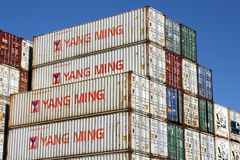 STACKED SHIPPING CONTAINERS Royalty Free Stock Photos