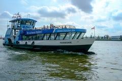 Hamburg-Hafen-Fähre Lizenzfreies Stockbild
