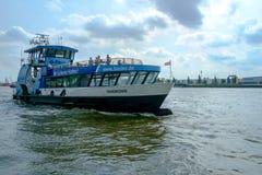 Hamburg hamnfärja Royaltyfri Foto