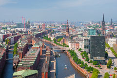 Hamburg i sommar arkivbilder