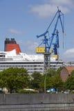 Hamburg - Kreuzschiff in einem Drydock Lizenzfreies Stockbild