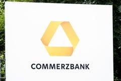Hamburg Niemcy, Lipiec, - 13 2017: Commerzbank AG jest globalnym bankowością pieniężnych usługa firmą zakładającym w 1870 z i Obraz Stock