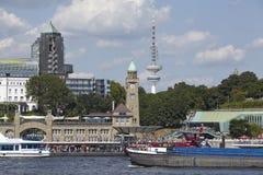 Hamburg - St. Pauli Jetties Lizenzfreies Stockbild