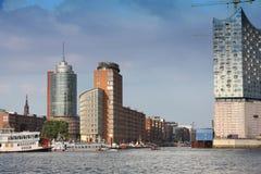 Hamburg Tyskland - Juli 28, 2014: Sikt av den Hafencity fjärdedelen Arkivbilder