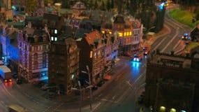 HAMBURG TYSKLAND - MARS 8th, 2014: Miniatur Wunderland är en järnväg dragning för modell och det störst av dess sort i Arkivfoto