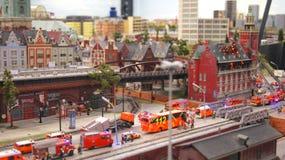 HAMBURG TYSKLAND - MARS 8th, 2014: Miniatur Wunderland är en järnväg dragning för modell och det störst av dess sort i Royaltyfria Foton