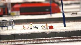 HAMBURG TYSKLAND - MARS 8th, 2014: Miniatur Wunderland är en järnväg dragning för modell och det störst av dess sort i Arkivfoton