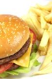 hamburgareost chips doublen Arkivfoton