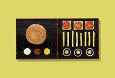 Hamburger als sushi wordt geschoten die Stock Fotografie