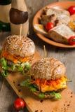 Hamburger avec de la viande Photos libres de droits