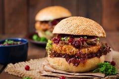 Hamburger com o hamburguer suculento do peru Foto de Stock