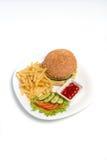 Hamburger con le patate fritte su un fondo bianco Immagine Stock Libera da Diritti